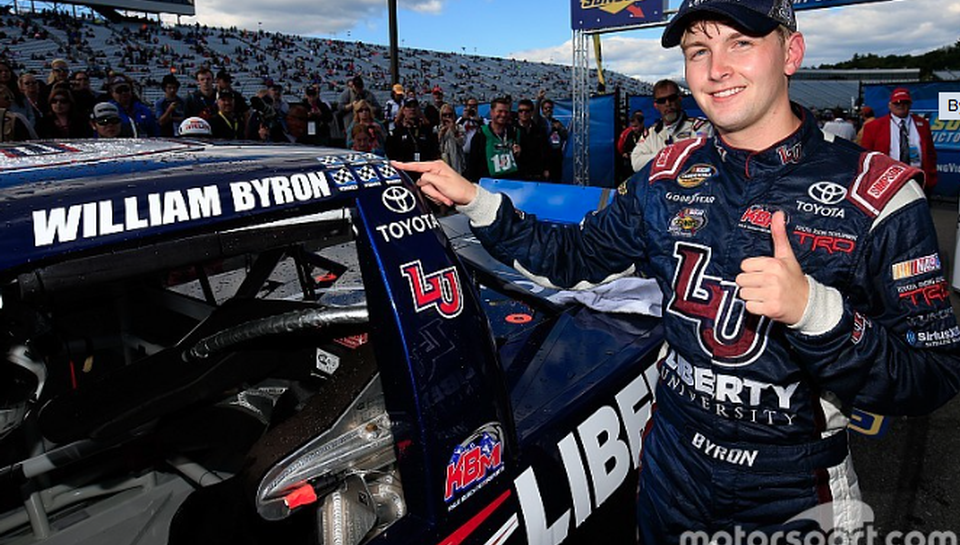 Byron dominates, wins Truck Chase opener