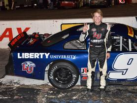Liberty University to Sponsor William Byron's JRM Late Model